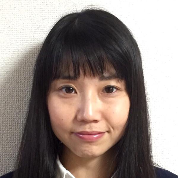 戸塚 香代子(とづか かよこ)